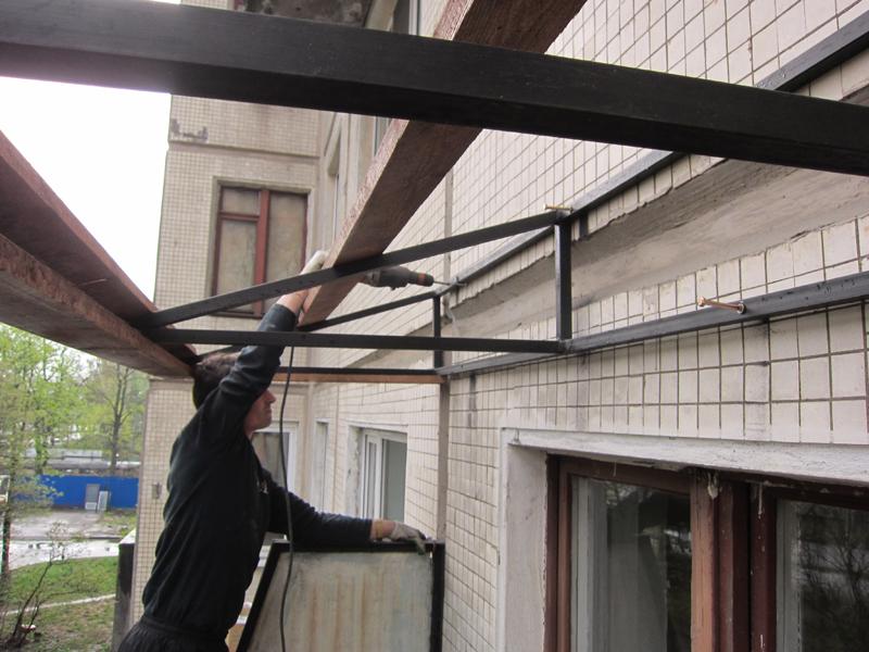 Установка крыш на балконы и лоджии.
